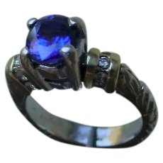 Interesting 14K Gold Ladies 1.6 Ct. Sapphire & Diamonds Ring