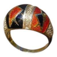 Very Unusual 18K Gold Enameled Ladies Ring