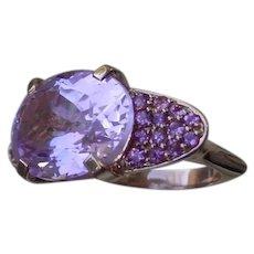 Beautiful 14K Pink Gold Ring Set w/ 10.6 Carat Oval Kuntzite & 26 Pave Set Pink Sapphires