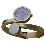 Vintage RARE 18K Gold Ladies Bangle Bracelet Watch Made By Accutron.