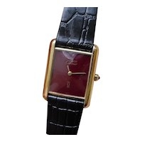 Vintage Cartier Tank Gents, Maroon Color, Glossy Dial.