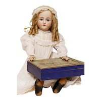 Absolutely Darling 80cm Kammer & Reinhardt Simon & Halbig 29 mold with an antique artist box