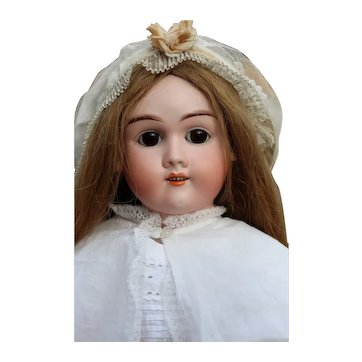 Stunning antique doll by BIP for Max Handwerck 65 cm tall