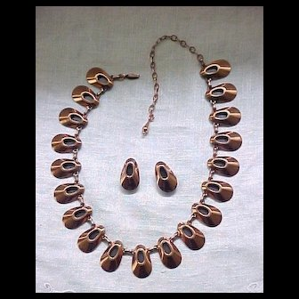 Matisse Honey Bear Necklace and Earrings