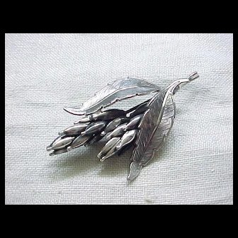 Lovely and Detailed Sterling Silver Wheat Pin