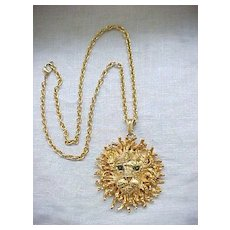 10 - Awesome Lion Pendant Necklace - Green Eyes