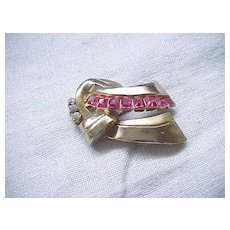 09 - Art deco Coro Pin with Pink Square Rhinestones