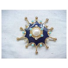 Superb Barrera for Avon - Roman Holiday Pin/Pendant