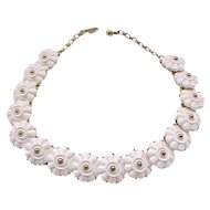 Beautiful Trifari Necklace White Molded Flowers
