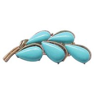 Gorgeous Trifari Turquoise Cabochon Pin Brooch