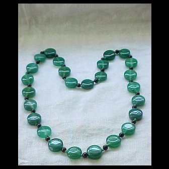 Stunning Necklace Green Glass Beads, Hand Knotted