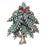 Delightful Enamel and Rhinestone Christmas Tree Pin 2004 Avon