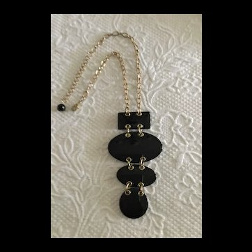 09 - Super Chunky Geometric Black Pendant
