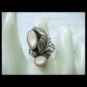 Beautiful Native American Sterling Silver Ring - Size 8 1/4