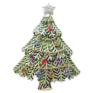 Superb Avon Christmas Tree Pin - dated 2006
