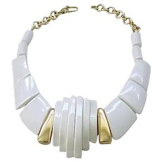 Chic Chunky Parklane Necklace  - White, Goldtone - Must See