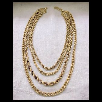 02 - Marvelous Chunky Goldtone Necklace - 4 Chains
