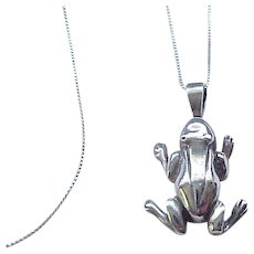 02 - Sterling Silver Frog Pendant, Chain