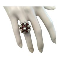 Exquisite 14K Gold Ring Pearls and Rubies