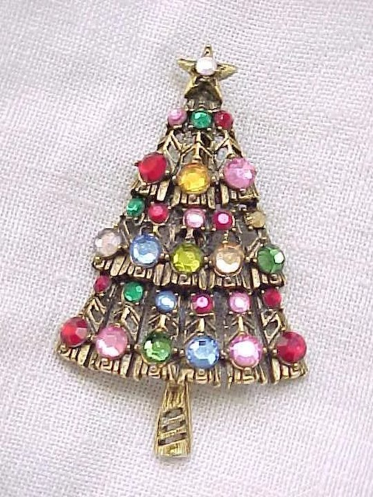 Classic Hollycraft Christmas Tree Pin - Classic Hollycraft Christmas Tree Pin : Rivertowngal Ruby Lane