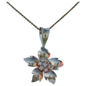 Fabulous Flower Power With Diamonds Pendant, 14Kt YG