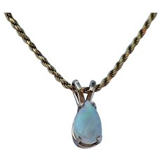 Small Opal Pendant, 14Kt YG
