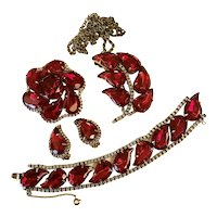 Be the Lady in Red! Stunning Austrian Paisley Red Glass Parure!