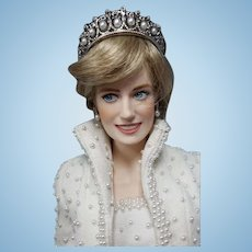 Franklin Mint Diana Princess of Wales Porcelain Portrait Doll