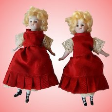 """""""TWINS"""" Tiny Antique Little Ladies Unmarked"""