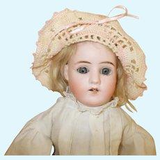 Antique Schoenau Hoffmeister #2500 Shoulder Head