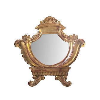Italian 18th Century Hand Carved Giltwood Mirror with Scallop Shell