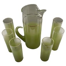 Green Blendo Pitcher and Glasses