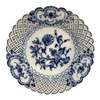 """Meissen Reticulated Blue Onion Plate 9 1/2"""""""