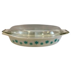 Pyrex White Snowflake Divided Covered Casserole Dish