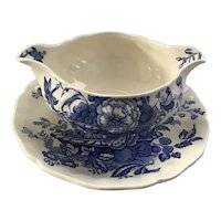 "Lovely Royal Doulton Gravy Boat in Blue and White Toile Design ""the Kirkwood"""