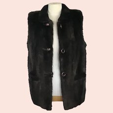 Size Large Natural Beaver Vest with Sheared Beaver Collar and Pocket Trim