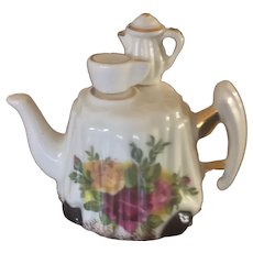 Royal Albert Miniature Teapot Old Country Roses