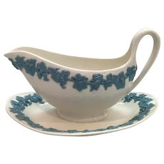 Wedgwood Queen's Ware Gravyboat in Lavender and Cream