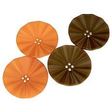 Vintage Fluted Orange and Brown Bakelite Button Set