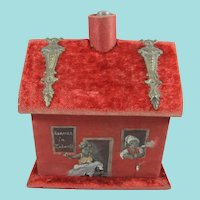 Interesting Novelty House-Shaped Sewing Companion