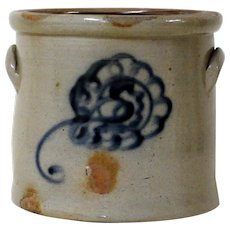 19th C. 1.5 Gallon Blue Decorated Stoneware Crock