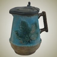 Majolica Syruper with Maple Leaf Motif