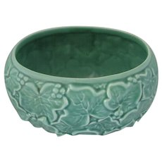 Ivy Embossed Planter made by Sylvac