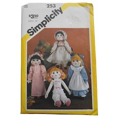 Vintage 1983 Simplicity Pattern for Old Fashioned Dolls, Clothes