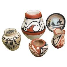 Five Pieces Miniature Pueblo Pottery - Hopi, Jemez, Navajo, Signed