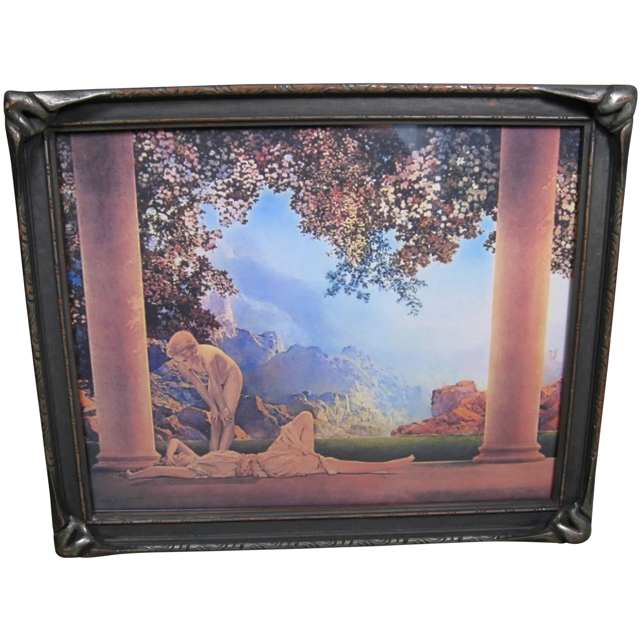 Circa 1920s Batwing Picture Frame, 10 3/4 x 9 inches