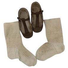 Early Children's Brown Leather shoes and socks