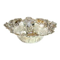 Attractive Antique Sterling Silver Pierced Bowl, 1899.