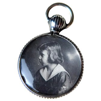 Niello Silver Double Sided Glass Photo Locket, Early 1900s