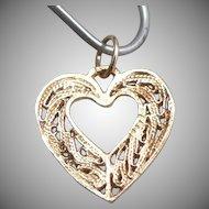Vintage 14K Yellow GOLD Filigree Open HEART Mini CHARM Pendant 0.4 Grams Estate